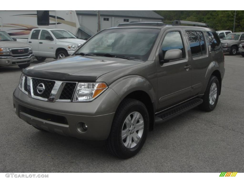 2005 woodland bronze metallic nissan pathfinder le 4x4. Black Bedroom Furniture Sets. Home Design Ideas