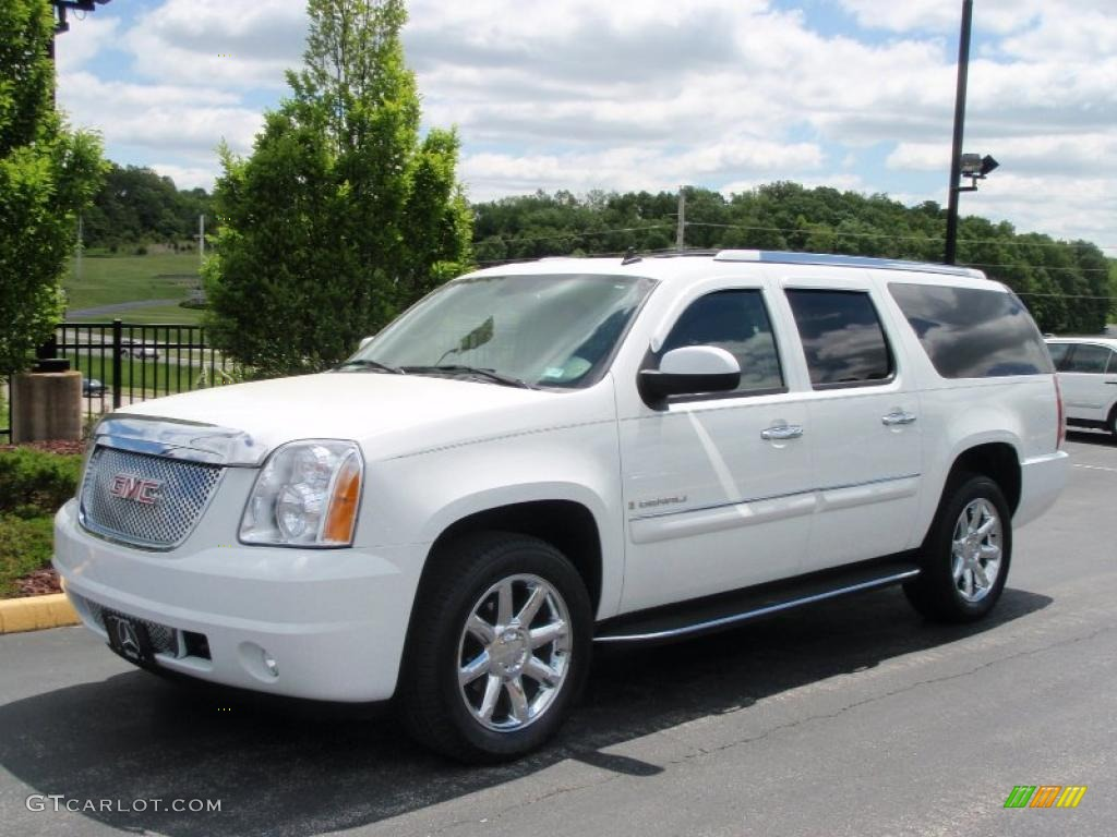 Summit white gmc yukon