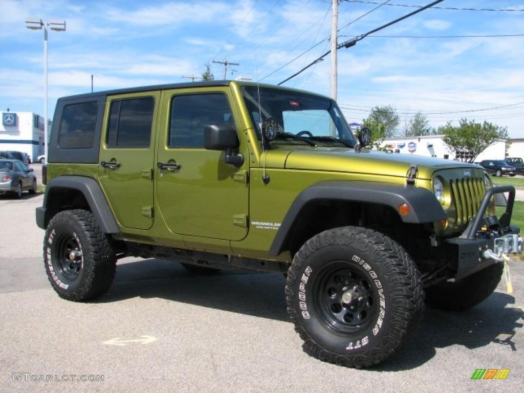 2007 rescue green metallic jeep wrangler unlimited x 4x4. Black Bedroom Furniture Sets. Home Design Ideas