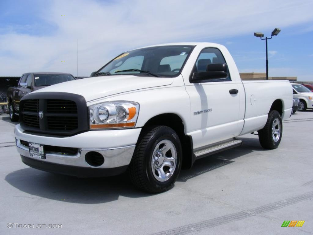 2006 Ram 1500 ST Regular Cab - Bright White / Medium Slate Gray photo #1