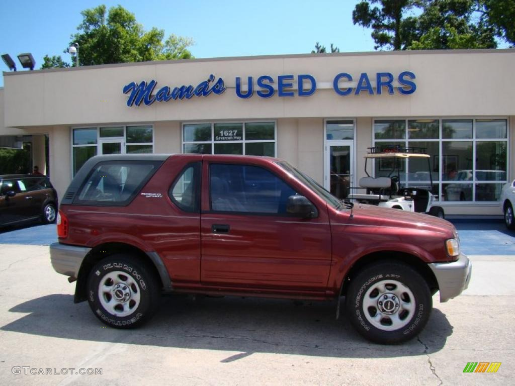 Currant Red Mica Isuzu Rodeo