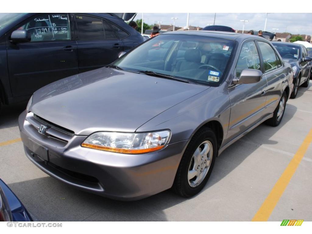 2000 Signet Silver Metallic Honda Accord Ex L Sedan