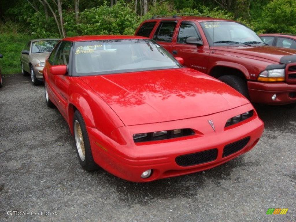 1995 bright red pontiac grand prix se coupe 29957229 gtcarlot com car color galleries gtcarlot com