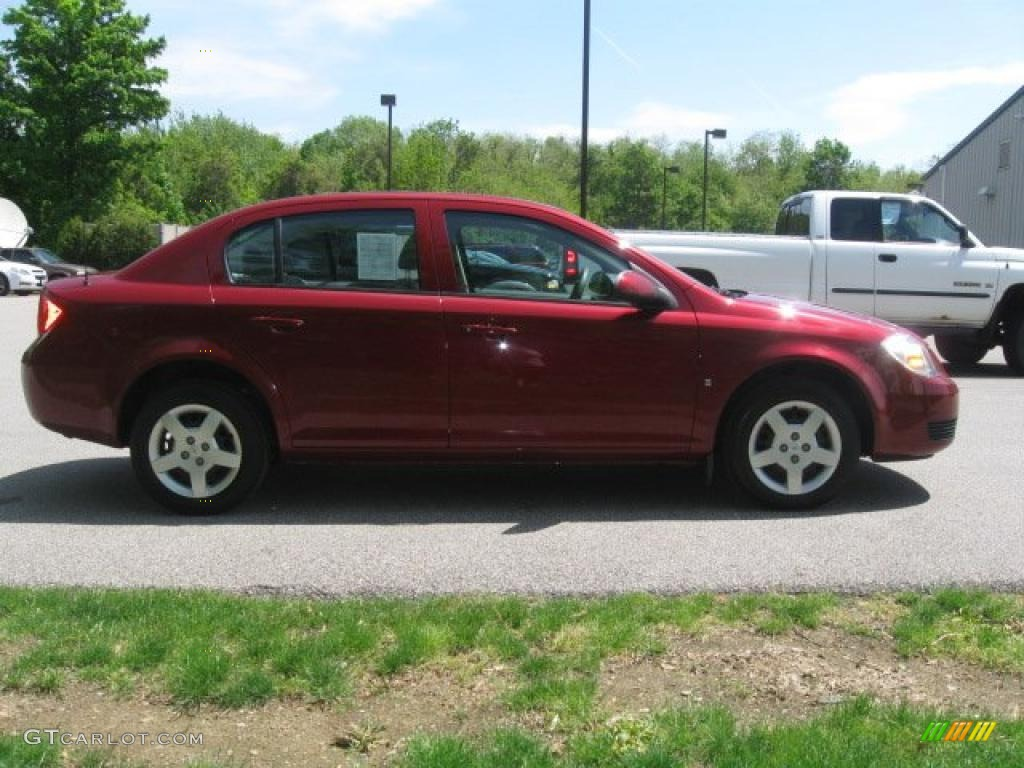 2007 Cobalt LT Sedan - Victory Red / Gray photo #4