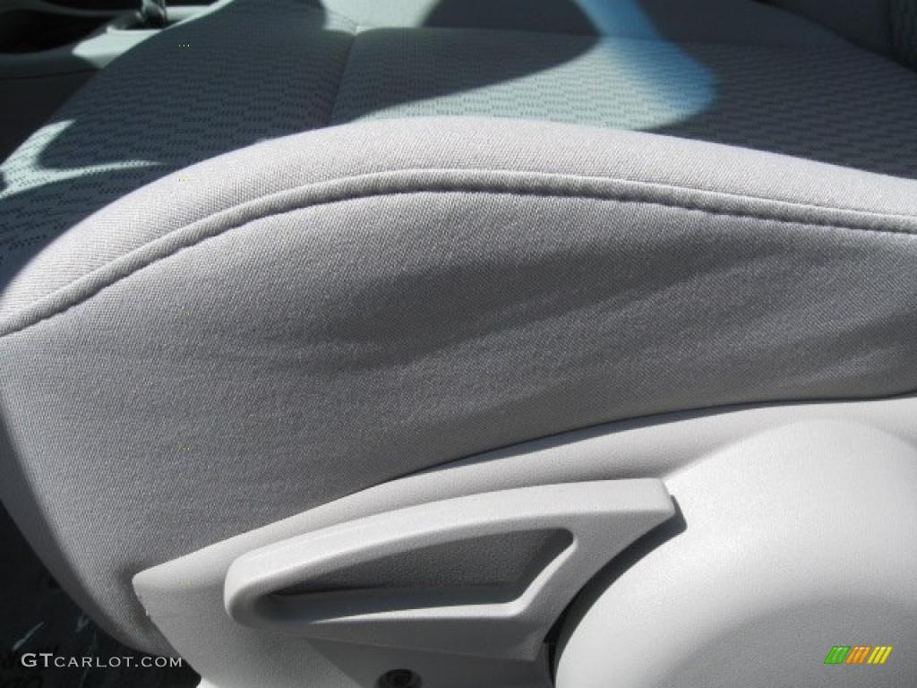 2007 Cobalt LT Sedan - Victory Red / Gray photo #13