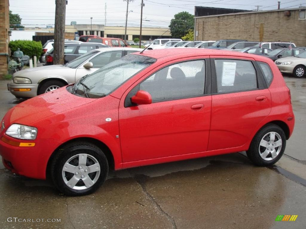 2007 sport red chevrolet aveo 5 hatchback 30037571. Black Bedroom Furniture Sets. Home Design Ideas