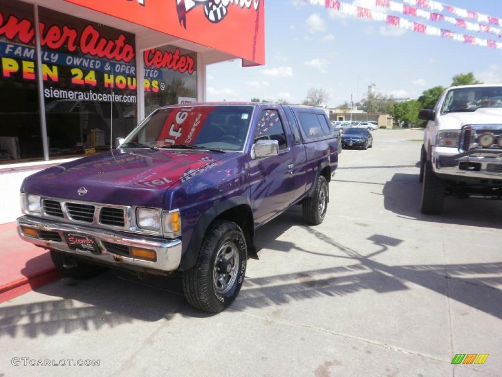 1995 hardbody truck xe v6 extended cab royal blue metallic gray photo 3