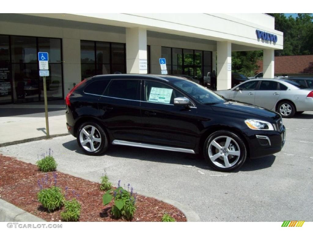 2010 black sapphire metallic volvo xc60 t6 awd r design. Black Bedroom Furniture Sets. Home Design Ideas