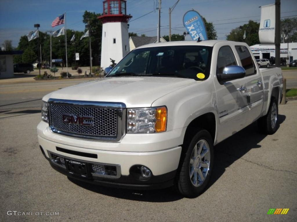 2010 white diamond tricoat gmc sierra 1500 denali crew cab awd 30214476 photo 3. Black Bedroom Furniture Sets. Home Design Ideas