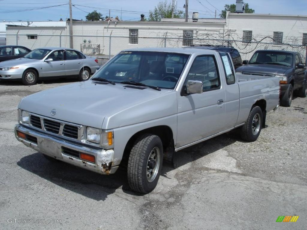 1993 platinum metallic nissan hardbody truck regular cab. Black Bedroom Furniture Sets. Home Design Ideas