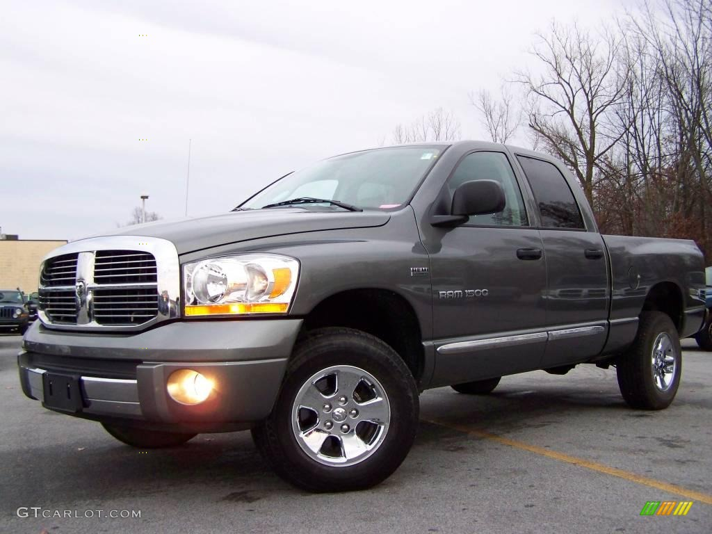 2006 Ram 1500 Laramie Quad Cab 4x4 - Mineral Gray Metallic / Medium Slate Gray photo #1