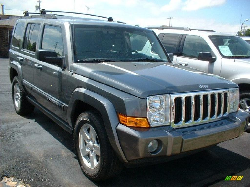 2007 mineral gray metallic jeep commander sport 4x4 #30367902