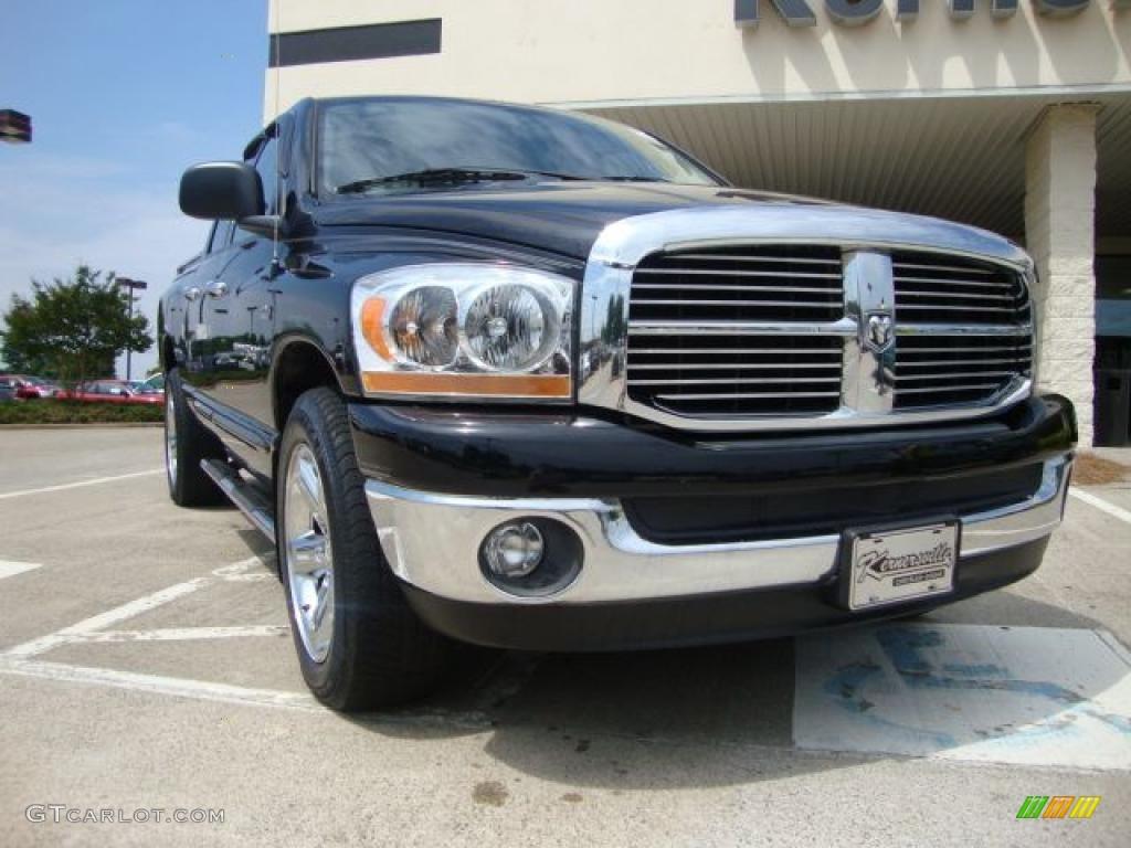 2006 Ram 1500 SLT Quad Cab - Brilliant Black Crystal Pearl / Medium Slate Gray photo #1