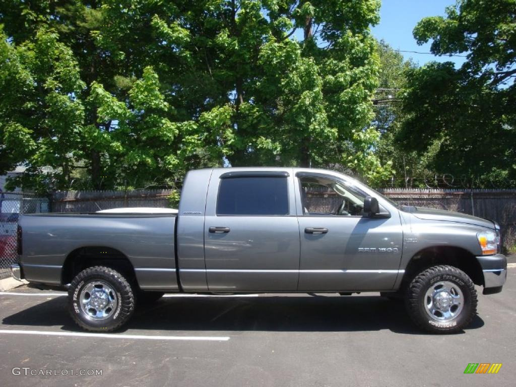 2006 Ram 1500 SLT Mega Cab 4x4 - Mineral Gray Metallic / Medium Slate Gray photo #3