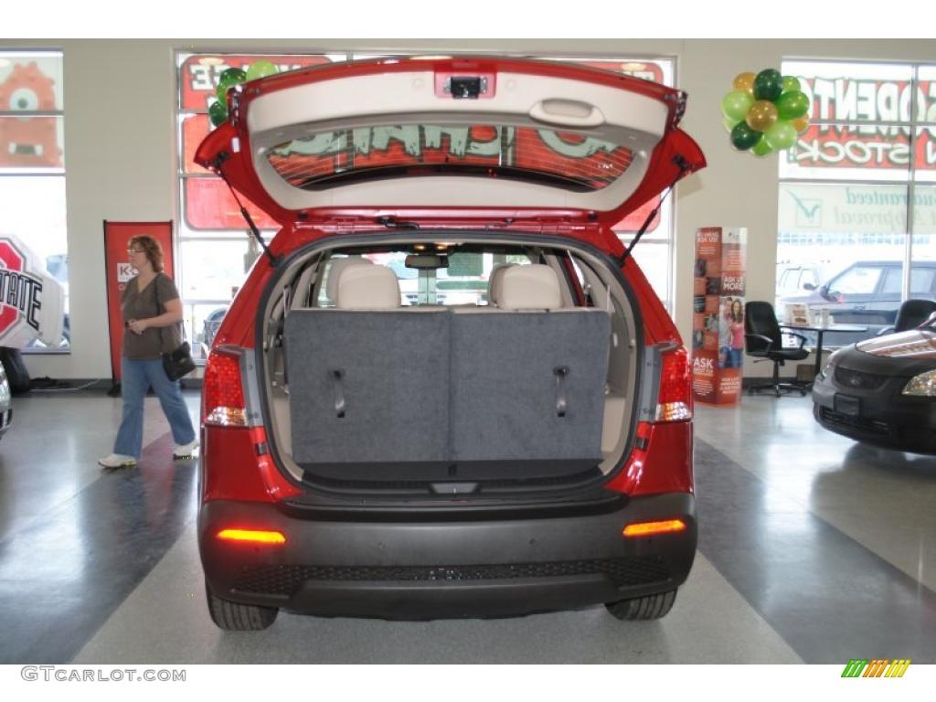 2011 Sorento EX AWD - Spicy Red / Beige photo #27