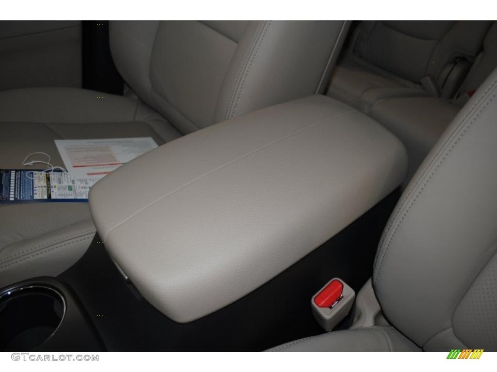 2011 Sorento EX AWD - Spicy Red / Beige photo #43