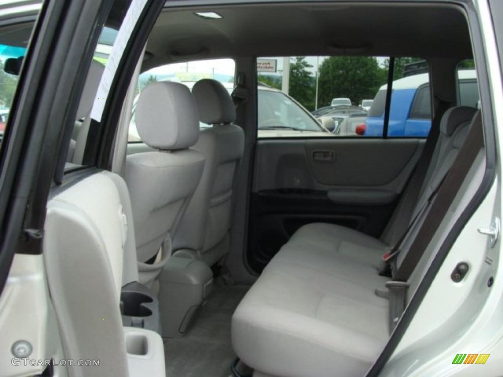 2004 Millenium Silver Metallic Toyota Highlander V6 30616546 Photo 13 Car