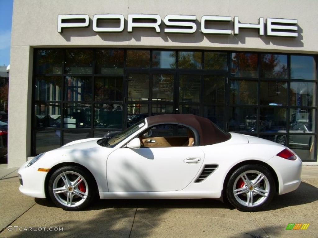 Carrara White Porsche Boxster