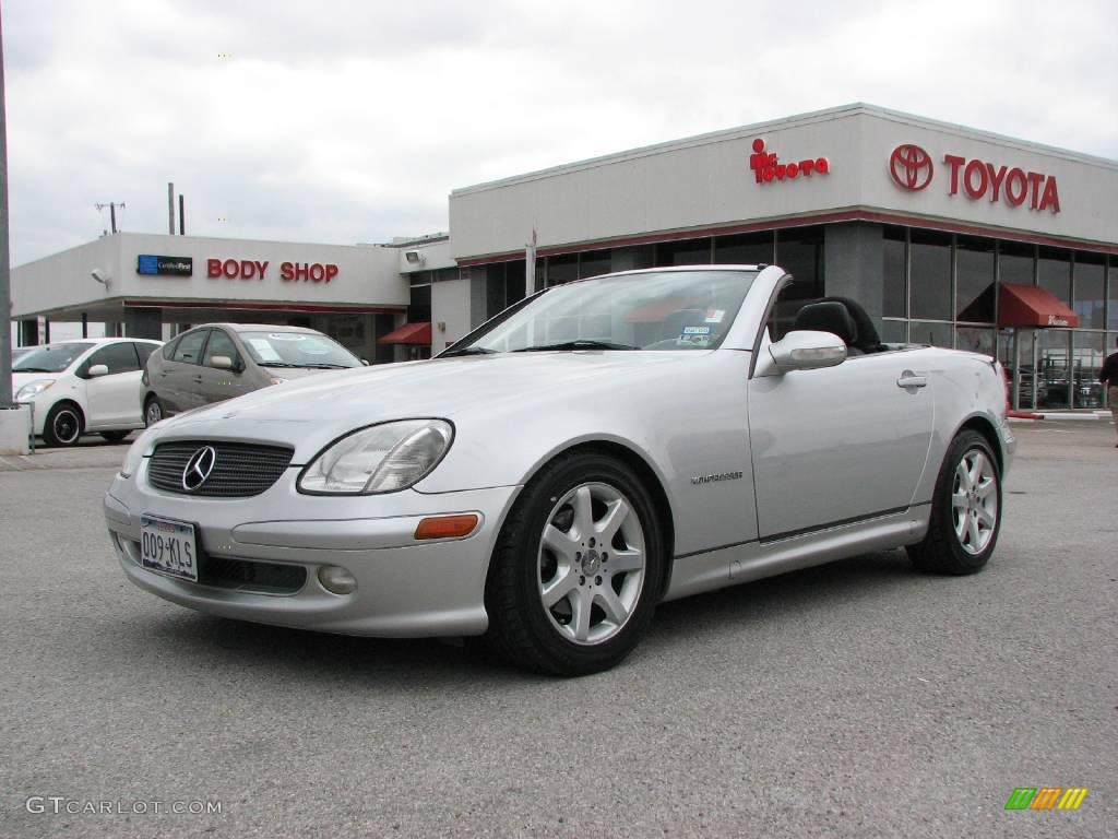 2001 SLK 230 Kompressor Roadster - Brilliant Silver Metallic / Charcoal Black photo #2