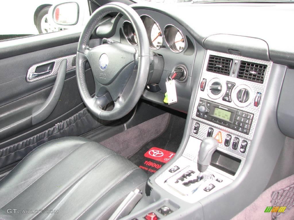 2001 SLK 230 Kompressor Roadster - Brilliant Silver Metallic / Charcoal Black photo #12