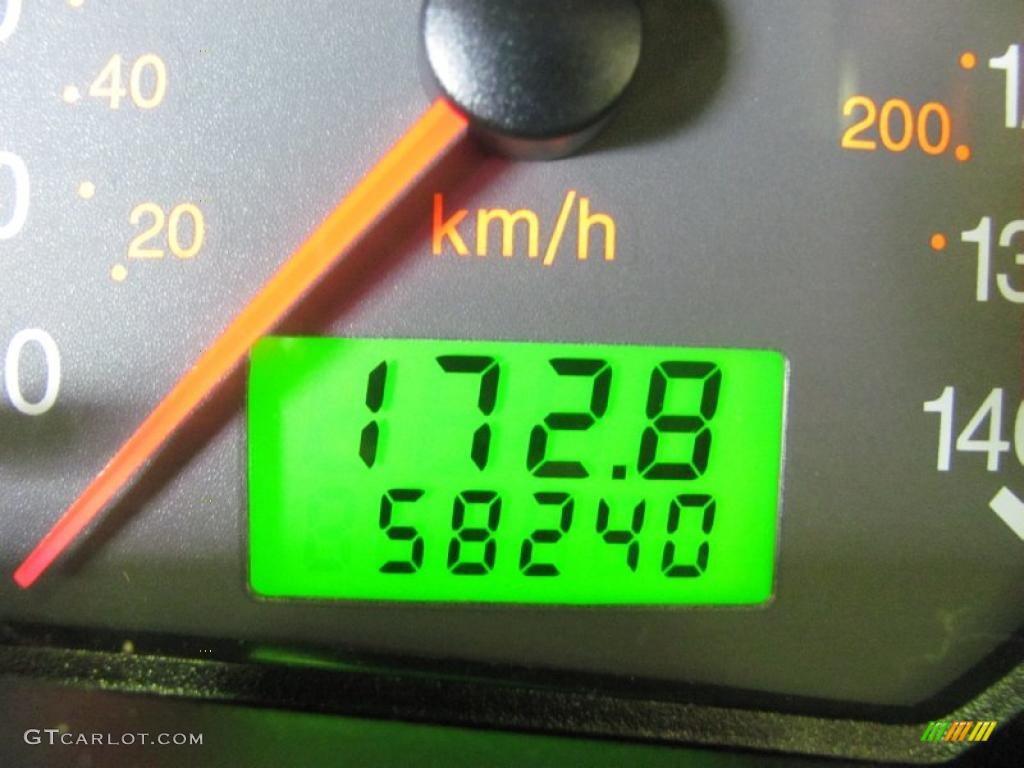 2005 Focus ZX3 SES Coupe - Pitch Black / Dark Flint/Light Flint photo #3