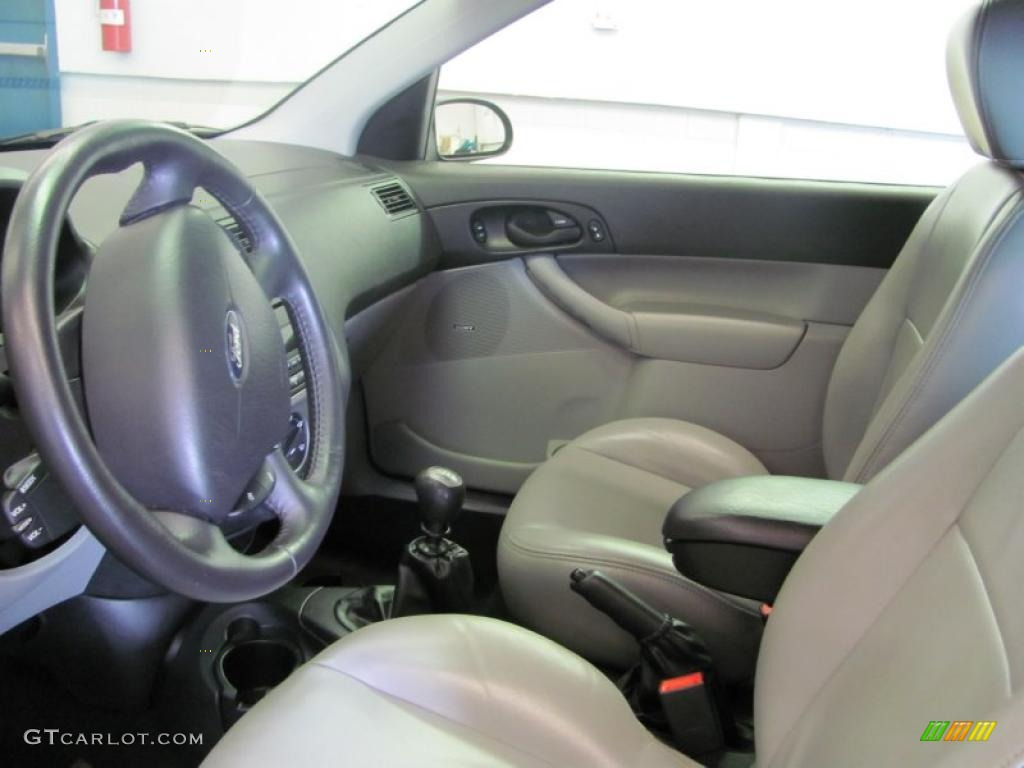2005 Focus ZX3 SES Coupe - Pitch Black / Dark Flint/Light Flint photo #18
