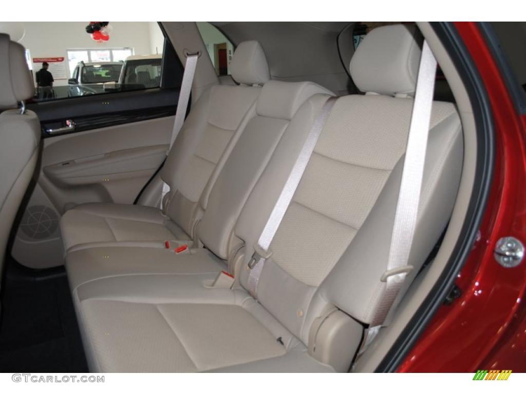 2011 Sorento LX AWD - Spicy Red / Beige photo #17
