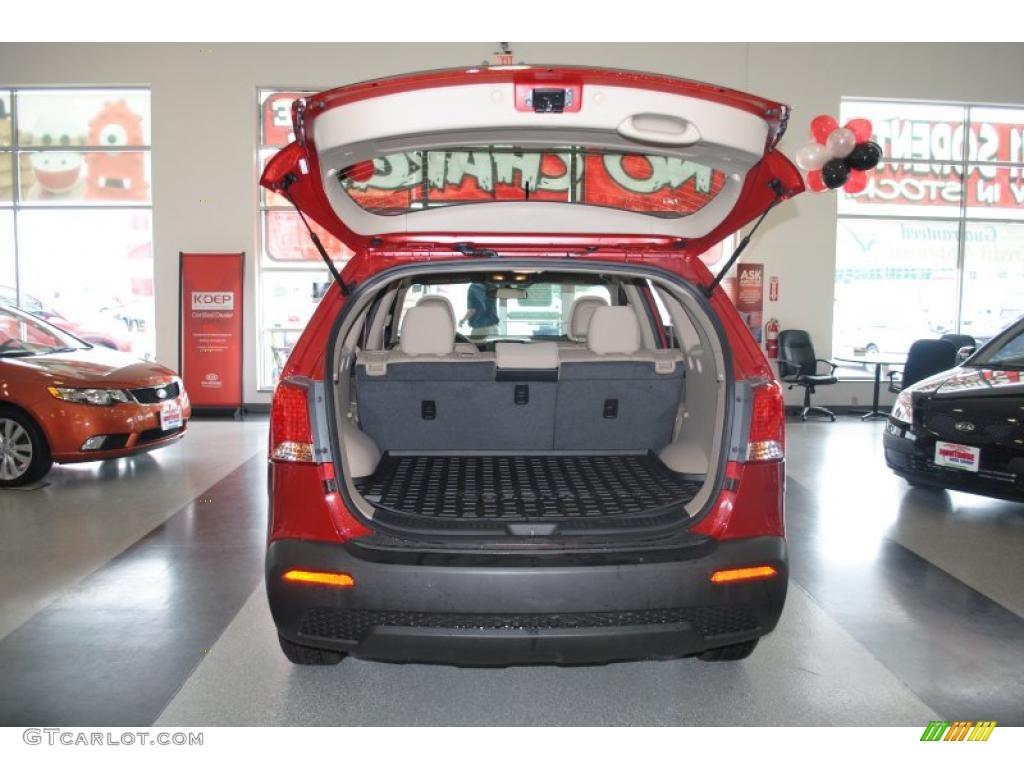 2011 Sorento LX AWD - Spicy Red / Beige photo #23