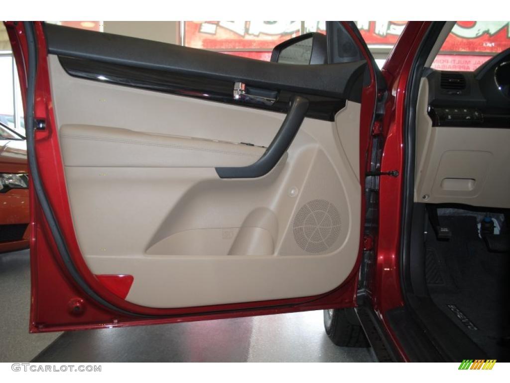 2011 Sorento LX AWD - Spicy Red / Beige photo #44