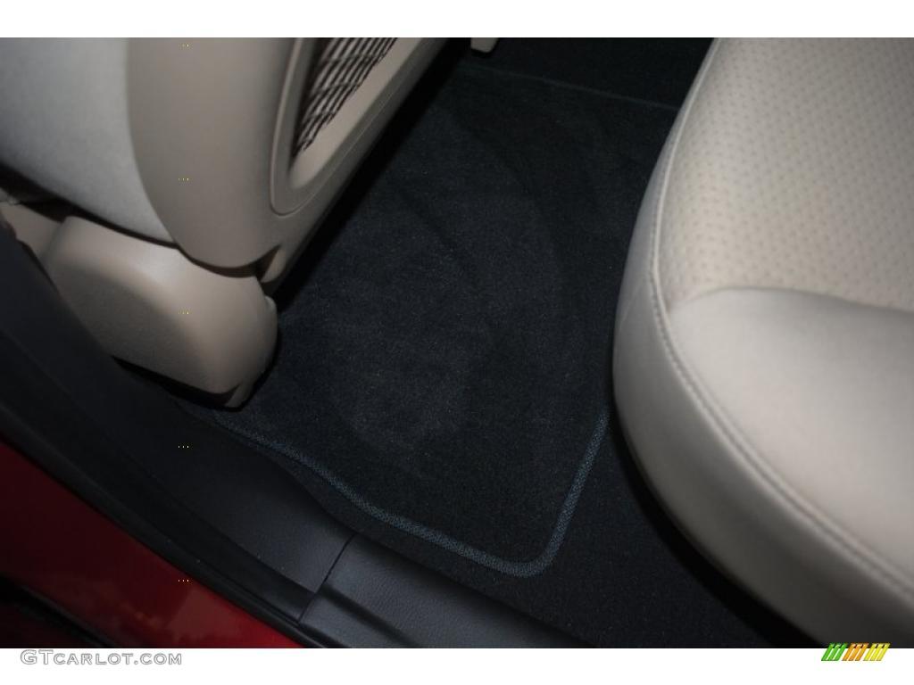 2011 Sorento LX AWD - Spicy Red / Beige photo #47