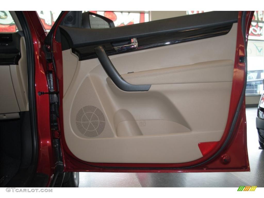 2011 Sorento LX AWD - Spicy Red / Beige photo #50