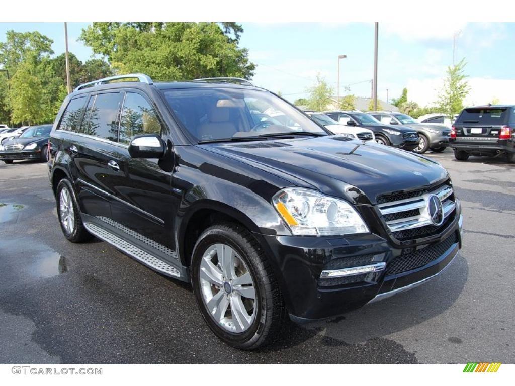 2010 obsidian black metallic mercedes benz gl 350 bluetec for Mercedes benz 350 gl