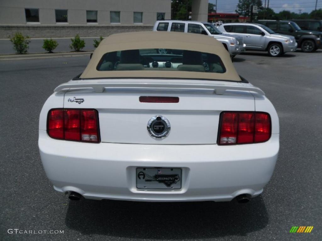 2006 Mustang GT Premium Convertible - Performance White / Light Parchment photo #3