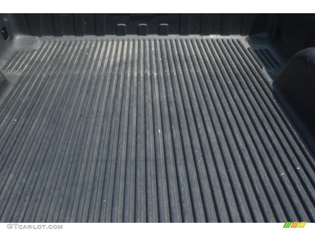 2002 Silverado 1500 LS Extended Cab 4x4 - Onyx Black / Graphite Gray photo #6