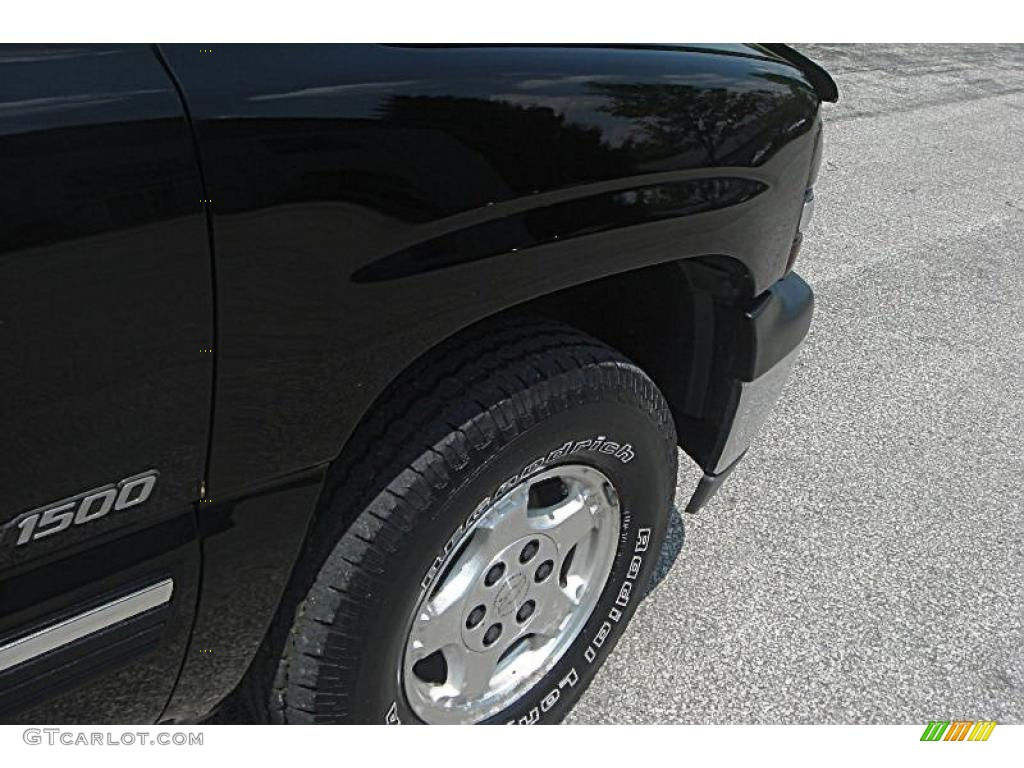 2002 Silverado 1500 LS Extended Cab 4x4 - Onyx Black / Graphite Gray photo #9