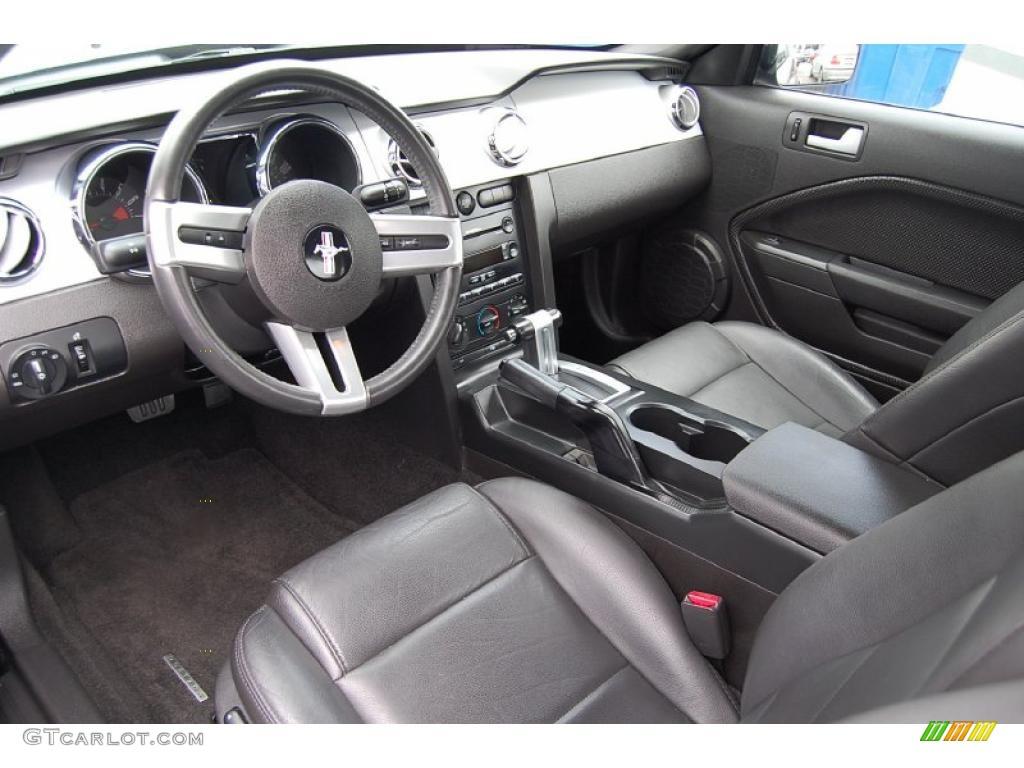 2007 Mustang V6 Premium Coupe - Black / Dark Charcoal photo #4