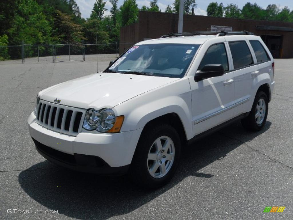 2010 stone white jeep grand cherokee laredo 31038539 photo 4. Cars Review. Best American Auto & Cars Review