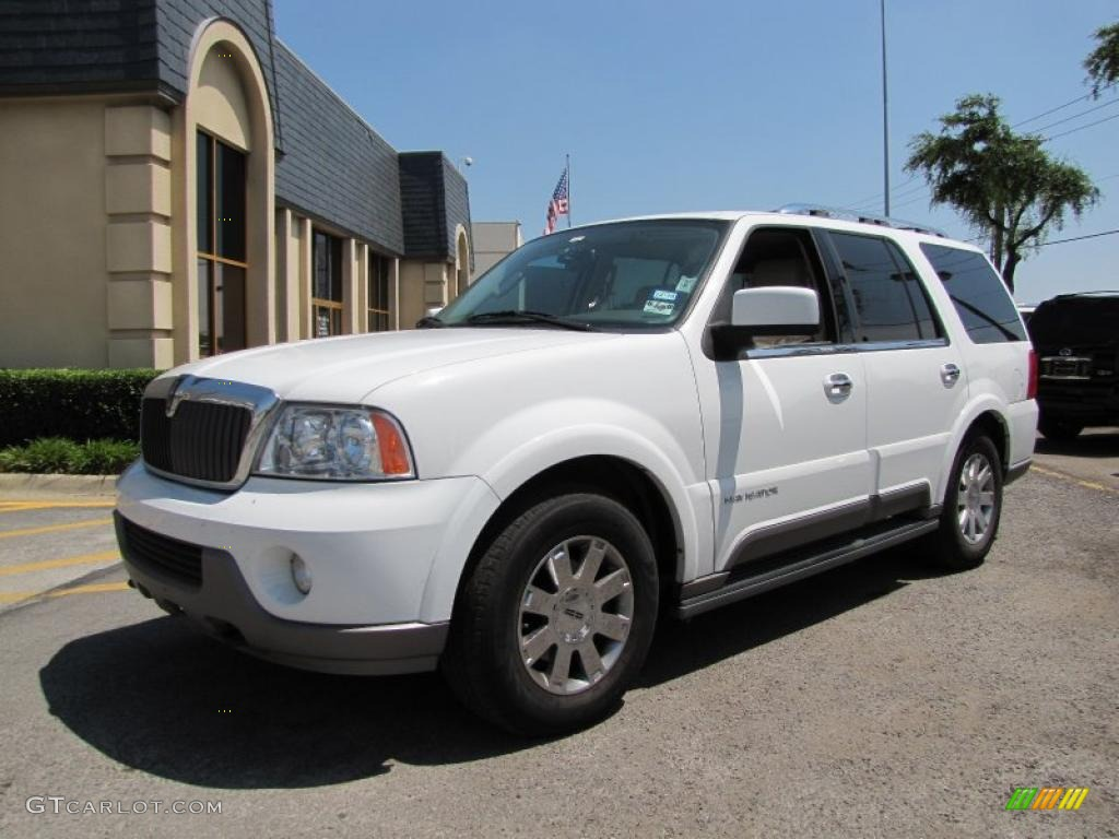 2004 oxford white lincoln navigator luxury 4x4 31038462 photo 3 car color. Black Bedroom Furniture Sets. Home Design Ideas
