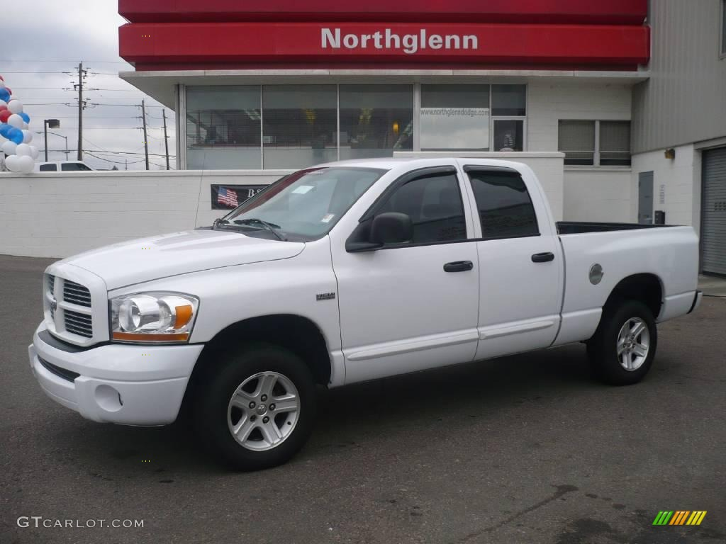 2006 Ram 1500 Sport Quad Cab 4x4 - Bright White / Medium Slate Gray photo #1