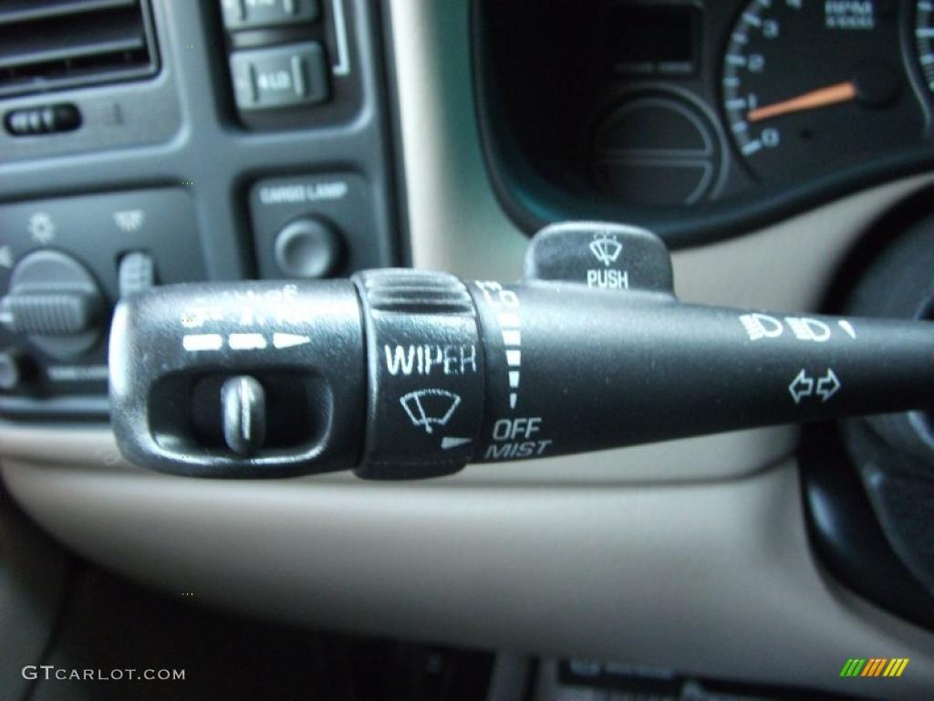 2002 Silverado 1500 LS Extended Cab 4x4 - Onyx Black / Medium Gray photo #5