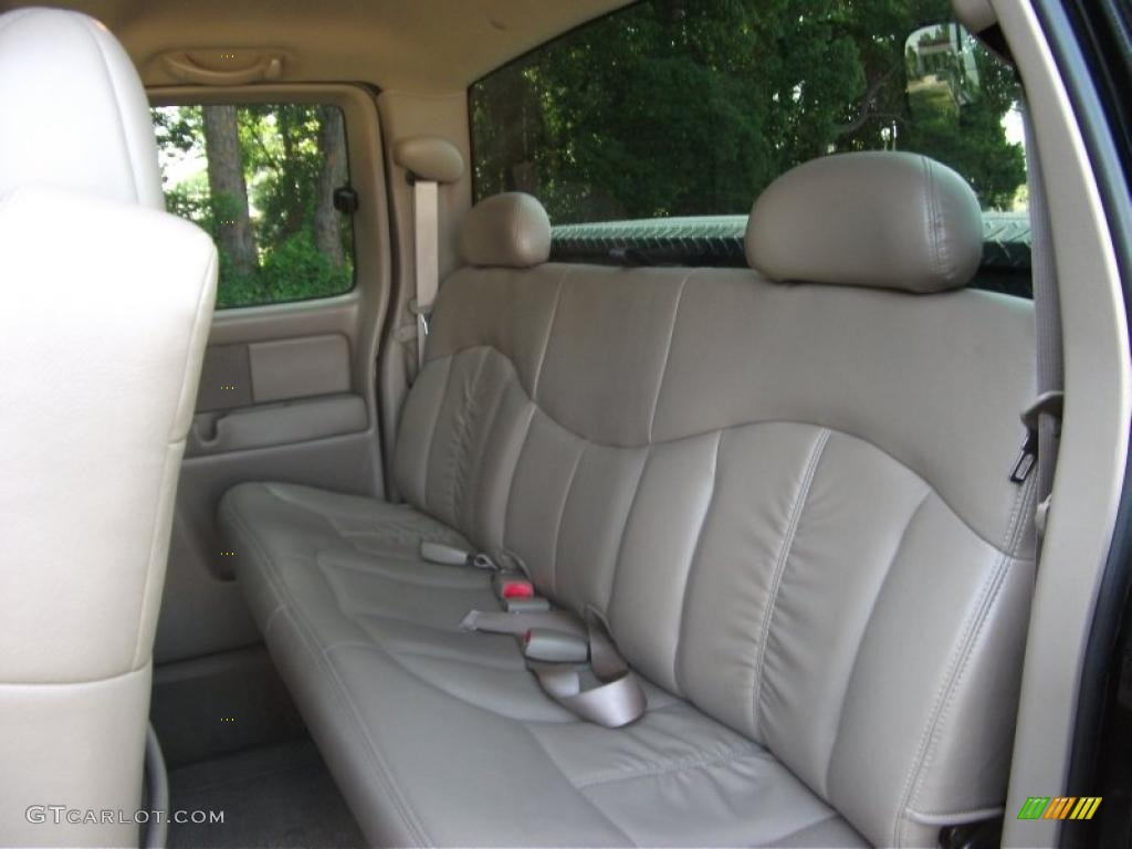 2002 Silverado 1500 LS Extended Cab 4x4 - Onyx Black / Medium Gray photo #11