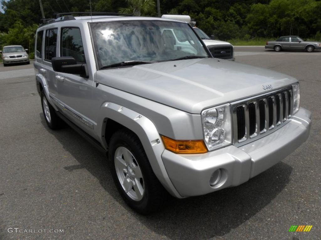 2006 bright silver metallic jeep commander limited #31256819