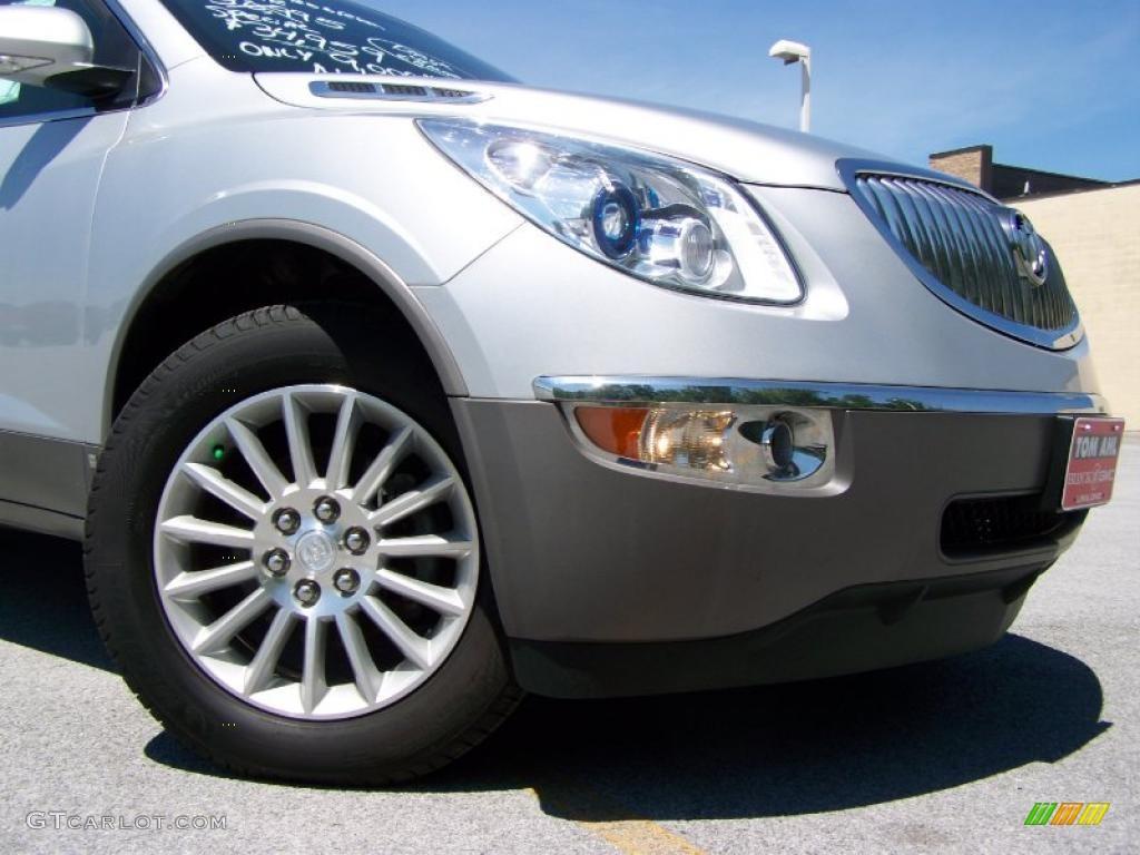 2010 Enclave CXL AWD - Quicksilver Metallic / Titanium/Dark Titanium photo #2