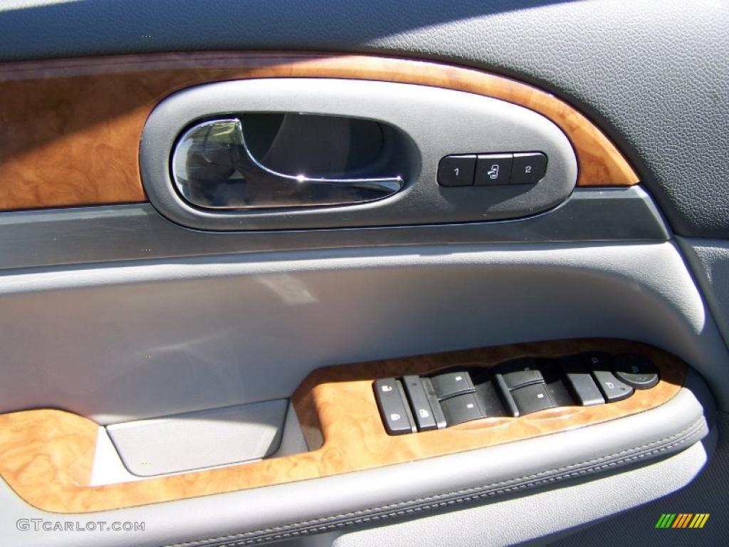 2010 Enclave CXL AWD - Quicksilver Metallic / Titanium/Dark Titanium photo #12