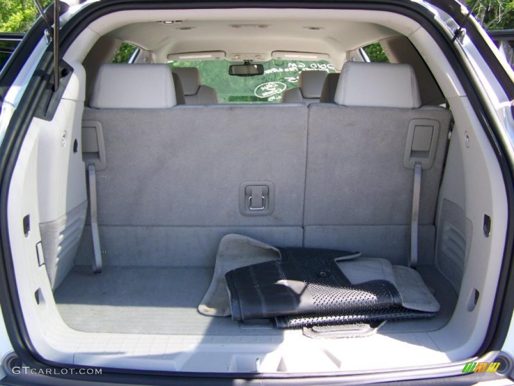 2010 Enclave CXL AWD - Quicksilver Metallic / Titanium/Dark Titanium photo #14