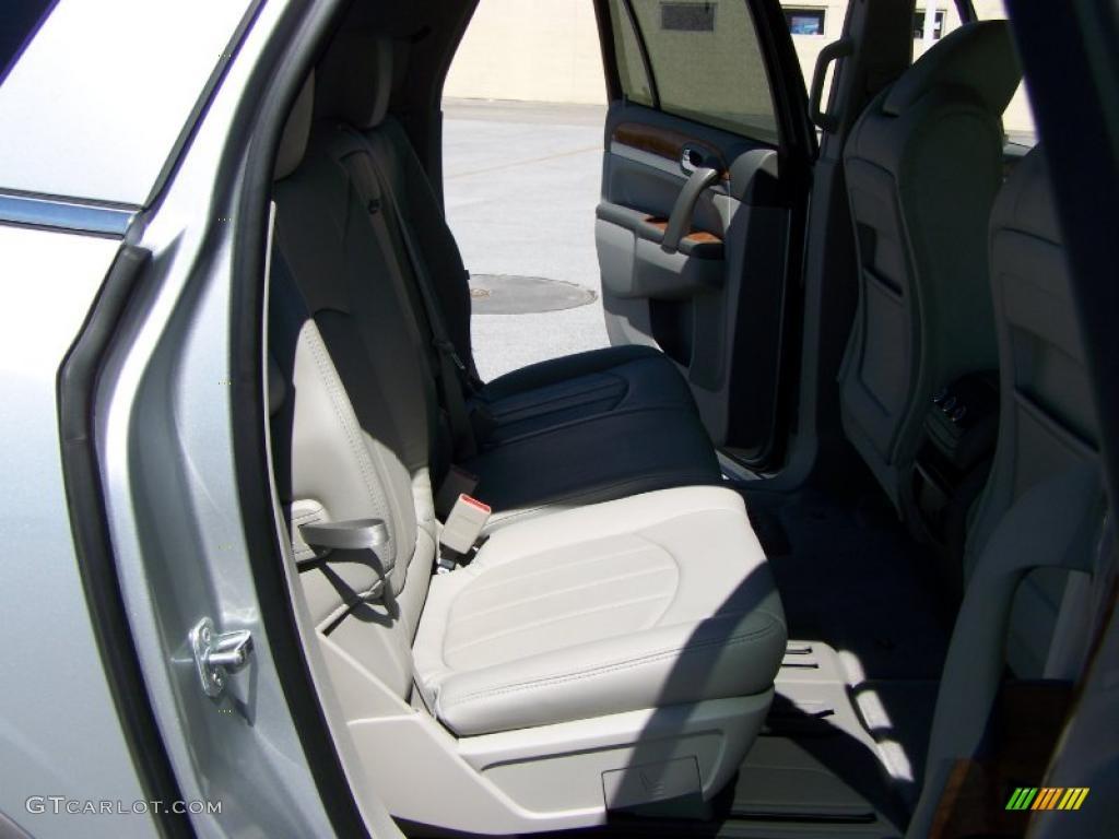2010 Enclave CXL AWD - Quicksilver Metallic / Titanium/Dark Titanium photo #15