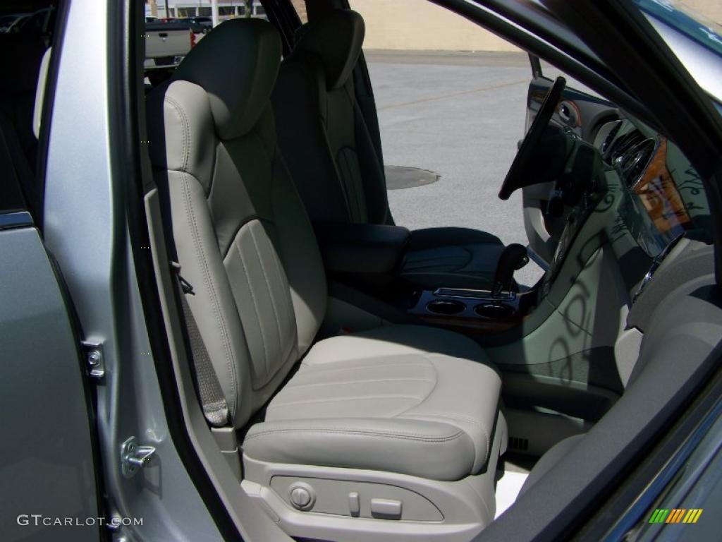 2010 Enclave CXL AWD - Quicksilver Metallic / Titanium/Dark Titanium photo #16