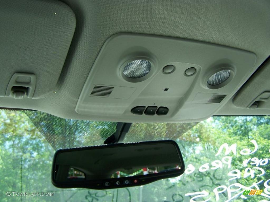 2010 Enclave CXL AWD - Quicksilver Metallic / Titanium/Dark Titanium photo #24