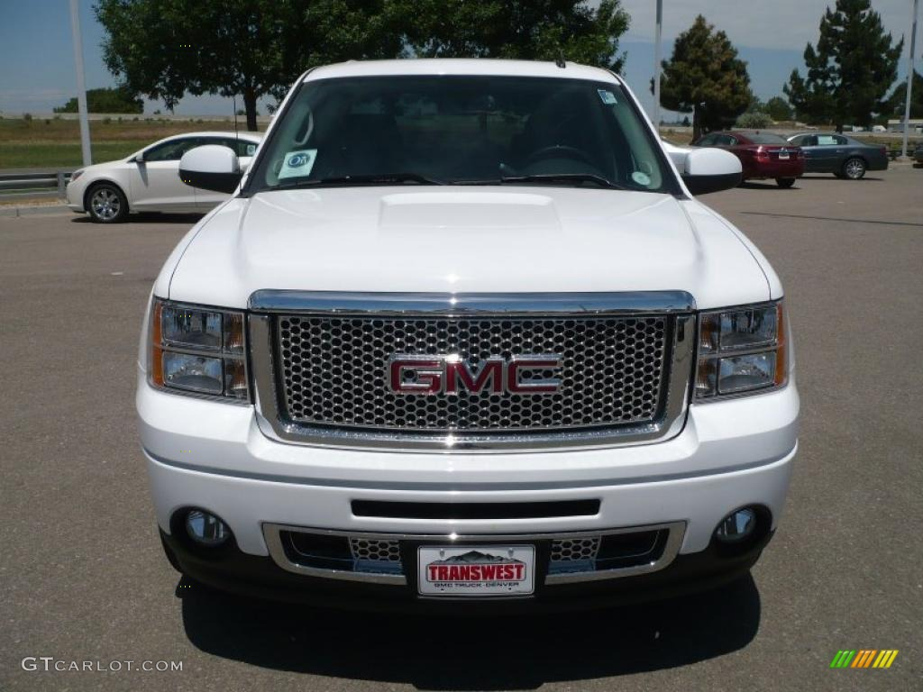 2010 summit white gmc sierra 1500 denali crew cab awd 31256408 photo 2 car. Black Bedroom Furniture Sets. Home Design Ideas