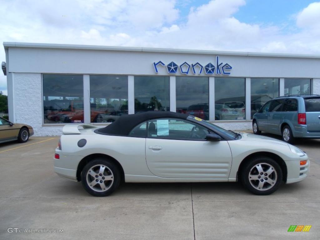 Dover White Pearl Mitsubishi Eclipse Spyder Gs